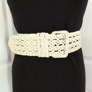White Woven Bonded Leather Belt Size M/L